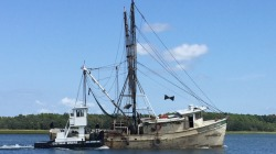 shrimp boat recovery pic 092718